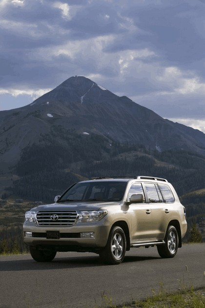 2009 Toyota Land Cruiser 29