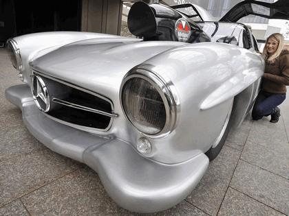 2009 Mercedes-Benz Gullwing Dragster 5