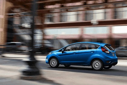 2010 Ford Fiesta - USA version 11