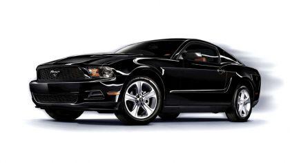 2010 Ford Mustang V6 4