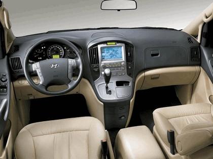 2007 Hyundai Grand Starex 8