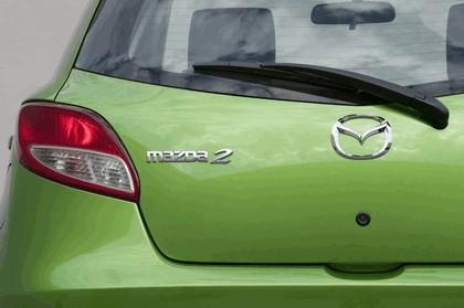 2010 Mazda 2 - USA version 9