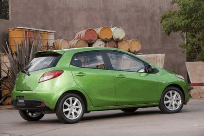 2010 Mazda 2 - USA version 17