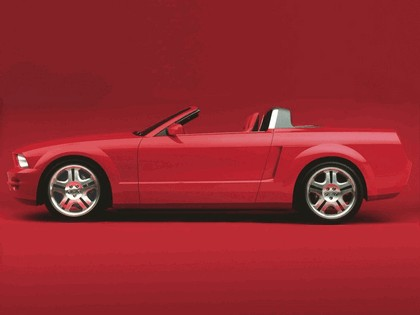 2004 Ford Mustang convertible concept 6