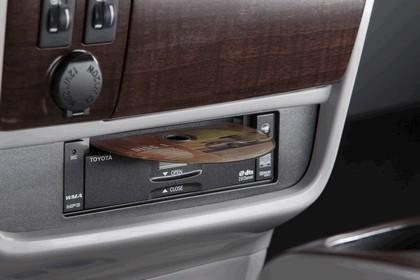 2010 Toyota Sienna SE 22