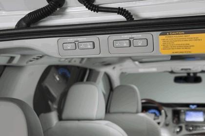 2010 Toyota Sienna SE 45