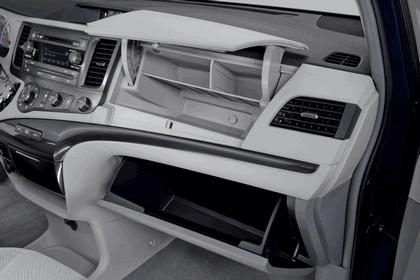 2010 Toyota Sienna LE 35