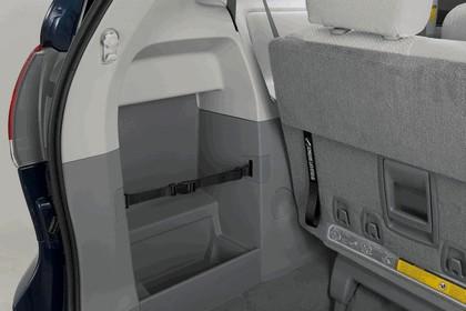 2010 Toyota Sienna LE 50