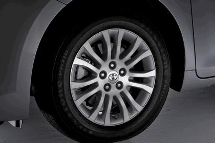 2010 Toyota Sienna XLE 7