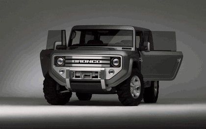 2004 Ford Bronco concept 1