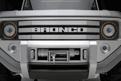 2004 Ford Bronco concept 9