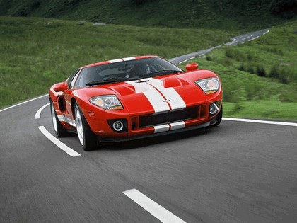 2004 Ford GT40 9