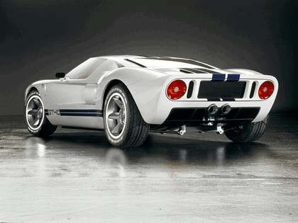 2004 Ford GT40 34