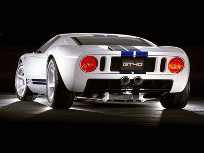 2004 Ford GT40 42