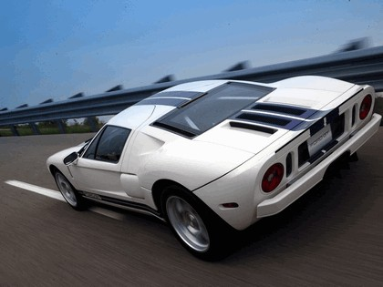 2004 Ford GT40 46