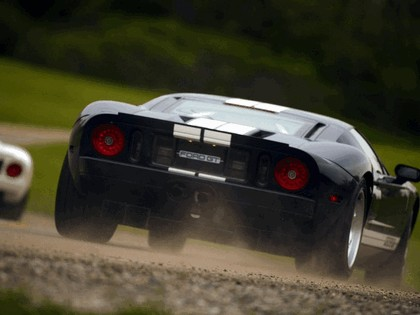 2004 Ford GT40 76