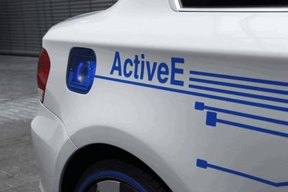 2009 BMW Concept ActiveE 16