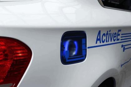 2009 BMW Concept ActiveE 17