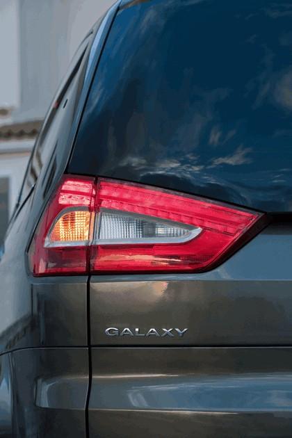 2010 Ford Galaxy 13