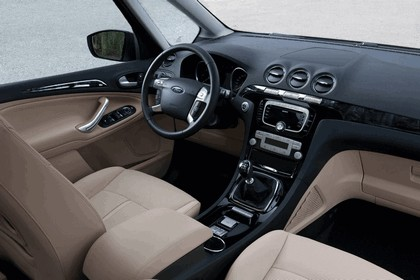 2010 Ford Galaxy 14