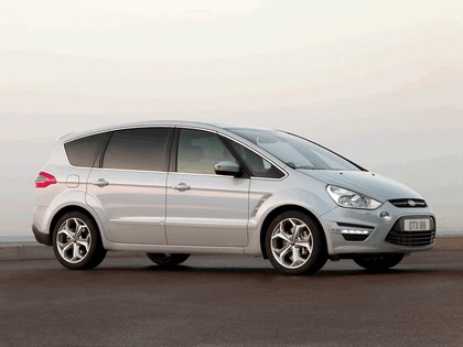 2010 Ford S-Max 1