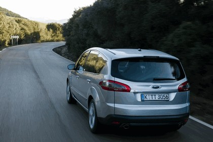 2010 Ford S-Max 12