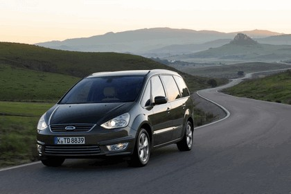 2010 Ford S-Max 16