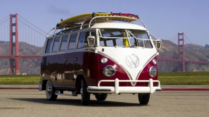 1964 Volkswagen Deluxe Microbus Chameleon 2
