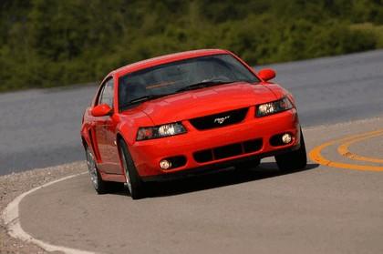 2004 Ford Mustang Cobra SVT 13
