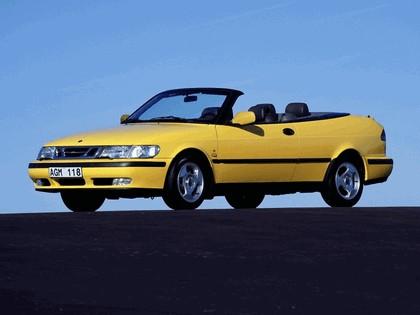 1998 Saab 9-3 convertible 34