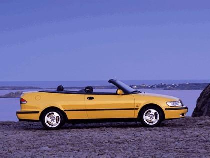 1998 Saab 9-3 convertible 35