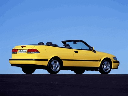 1998 Saab 9-3 convertible 36