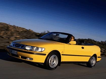 1998 Saab 9-3 convertible 37