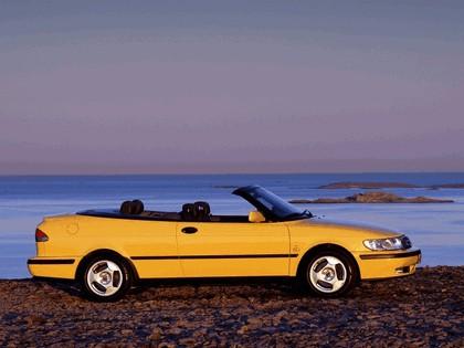 1998 Saab 9-3 convertible 38