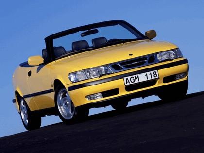 1998 Saab 9-3 convertible 42