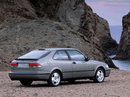 1998 Saab 9-3 coupé 10