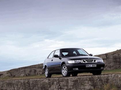 1998 Saab 9-3 coupé 16