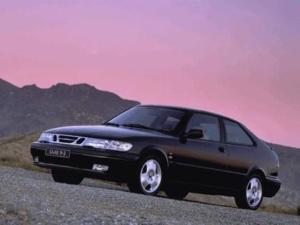 1998 Saab 9-3 coupé 18