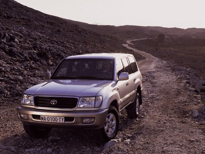 1998 Toyota Land Cruiser 100 7
