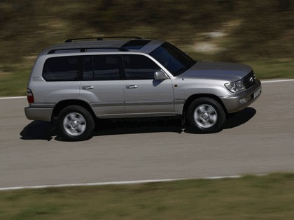 1998 Toyota Land Cruiser 100 24