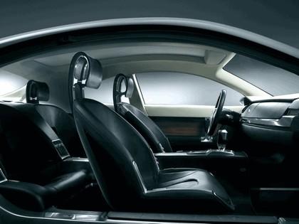 2004 Jaguar RD6 concept 22