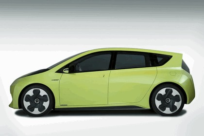 2010 Toyota FT-CH concept 2
