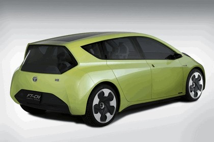 2010 Toyota FT-CH concept 3
