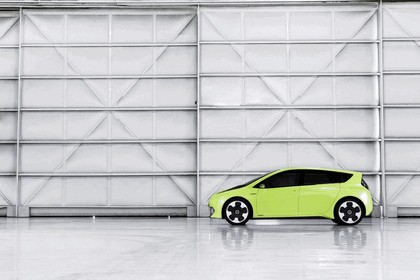 2010 Toyota FT-CH concept 8