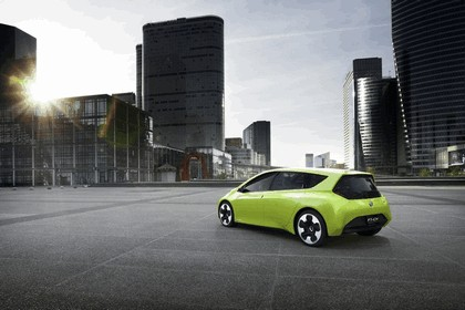 2010 Toyota FT-CH concept 17