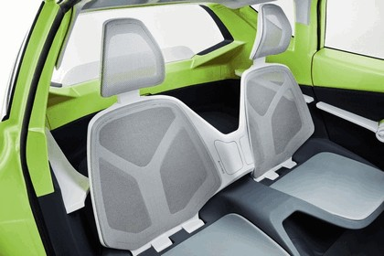 2010 Toyota FT-CH concept 33