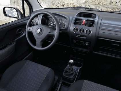 2000 Suzuki Wagon R+ 10