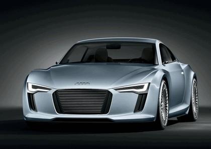 2010 Audi e-tron concept 2