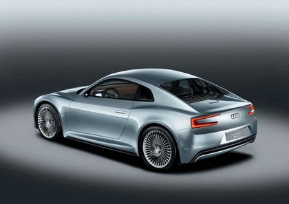 2010 Audi e-tron concept 3
