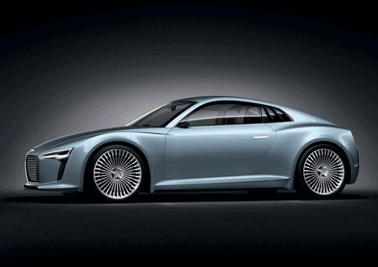 2010 Audi e-tron concept 4